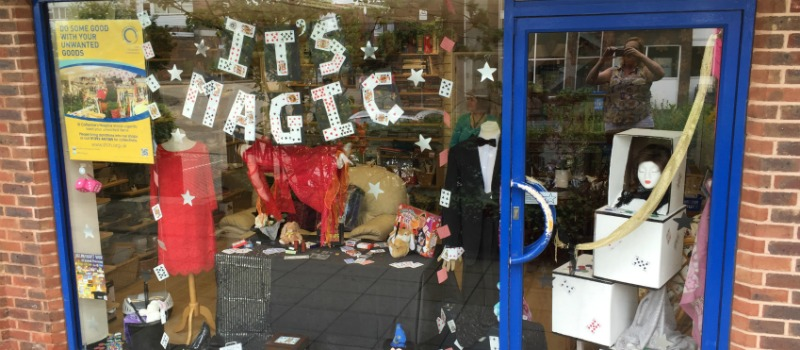 magic window display